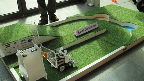 Playing Golf with robots