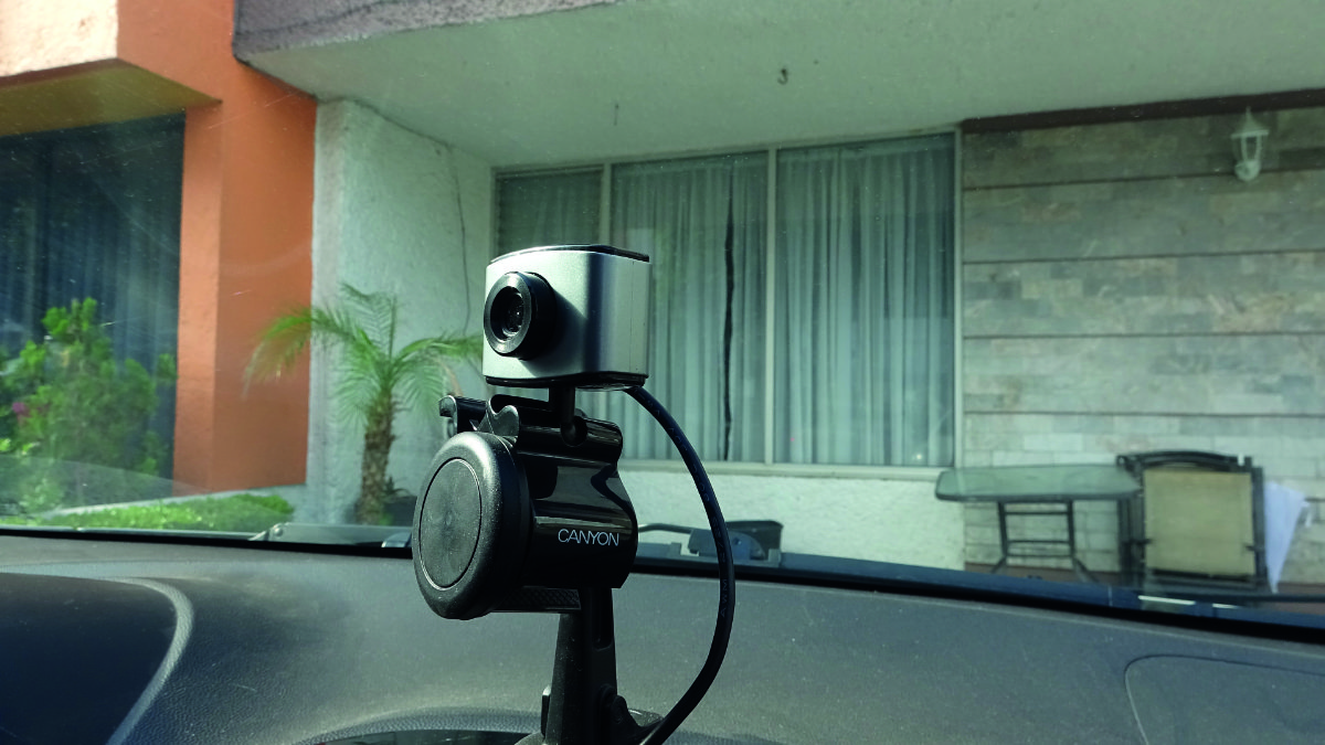 The camera can be mounted in various positions, but should point at the driver's face